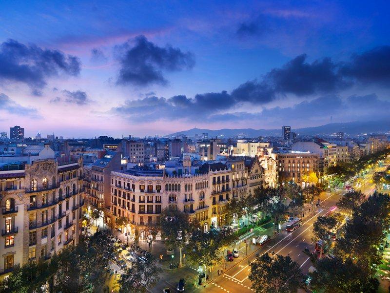 3 napos városlátogatás Barcelonában - Hotel **** (egyéni városnézés repülővel)****