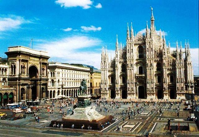 Egyéni városlátogatás olaszország egyik leghíresebb városába, Milánóba. Látnivalóban nem lesz hiány, megannyi épület, tér bizonyítja a város gazdag történelmét. Szállás 4*-os szállodában.