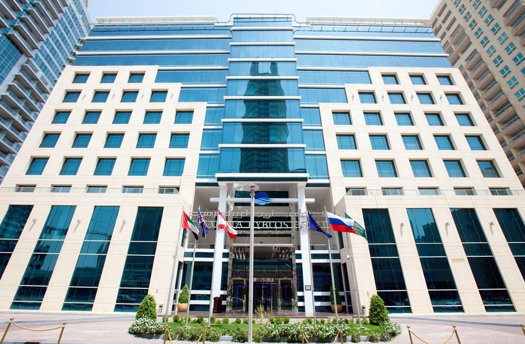 Az Egyesült Arab Emírségek különlegesen egzotikus emirátusaiba hívjuk utasainkat. Elhelyezés 3 éjszakára Dubaiban, illetve 4 éjszakára Abu Dhabiban, négy csillagos szállodákban.