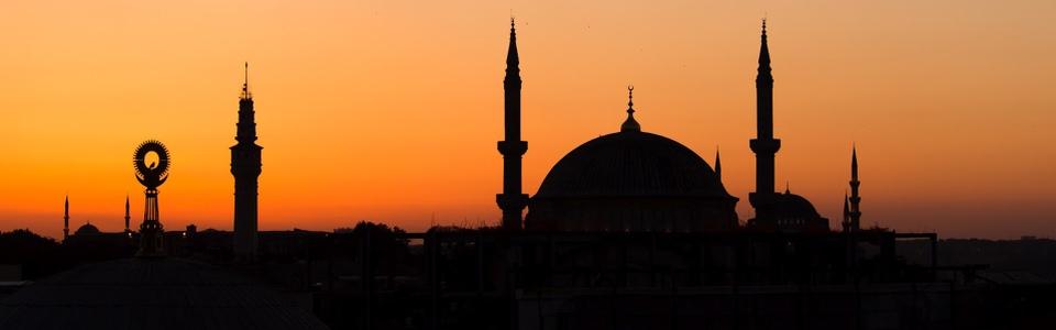 Hétvége Isztambulban Október 23-i hétvégén. 4 napos repülős városlátogatás  Isztambulban idegenvezetéssel 9d5adab389e