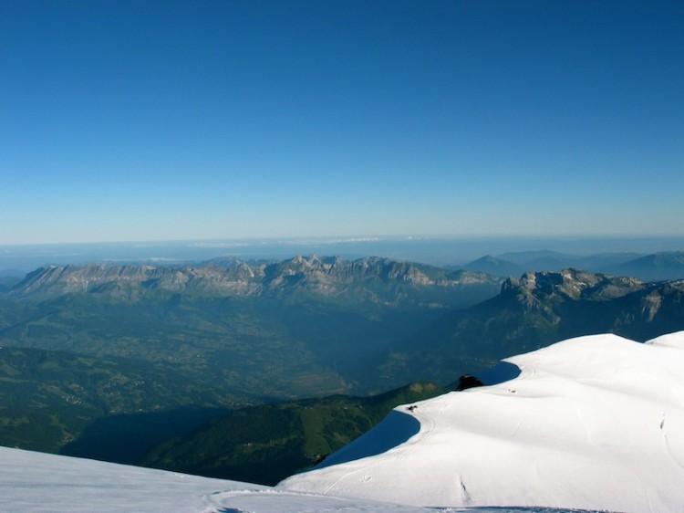 7d1eceb11d0e A lényeg tehát, hogy folyamatos és idejében elkezdett, egyre magasabb  kihívásokkal emelt szintű felkészülést igényel a Mont Blanc megmászása.