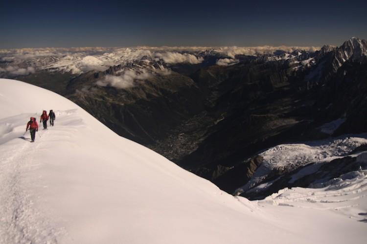 A Mont Blanc megmászásához szükséges felszerelés és ruházat